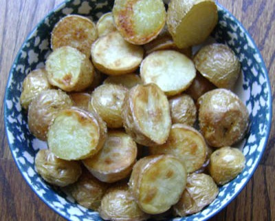 how to make roasted small potatoes