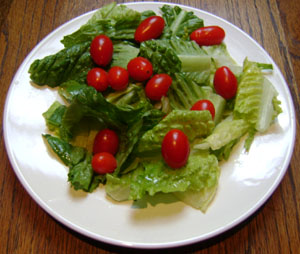lettuce-cherry-tomatoes salad