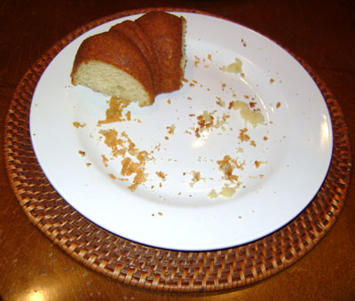 ...and here's what's left of the lemon bundt cake at the end of the day!