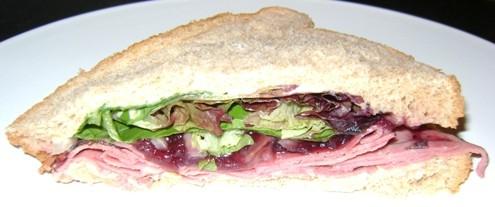 turkey sandwich with cranberry sauce