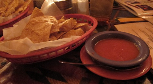 chips and salsa at Las Palmas