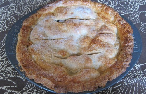 Homemade Classic American Old Fashioned Apple Pie Recipe ...