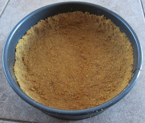 graham cracker crumbs cheesecake crust