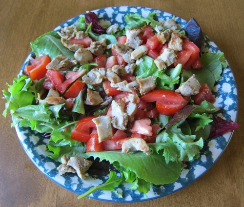 Healthy Green Salad With Chicken Lettuce Tomatoes