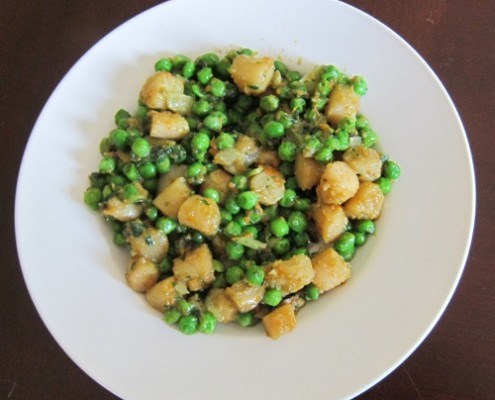 How To Make Scallops With Green Peas