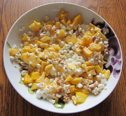 Cottage Cheese Recipe With Mango And Walnuts