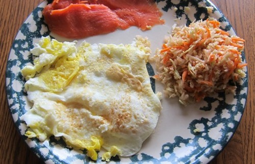 smoked salmon with scrambled eggs and healthy cole slaw