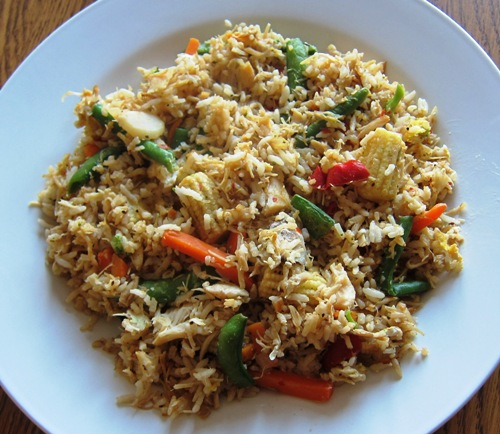 How to make chicken fried rice with vegetables