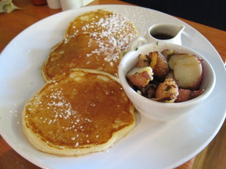 simple cafe pancakes