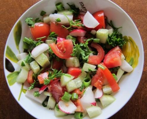 radish salad with tomatoes cucumbers parsley