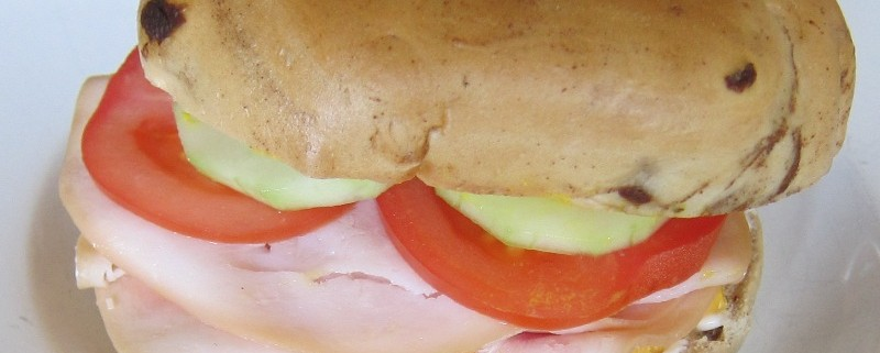 How To Make Deli Turkey Sandwiches On Bagels