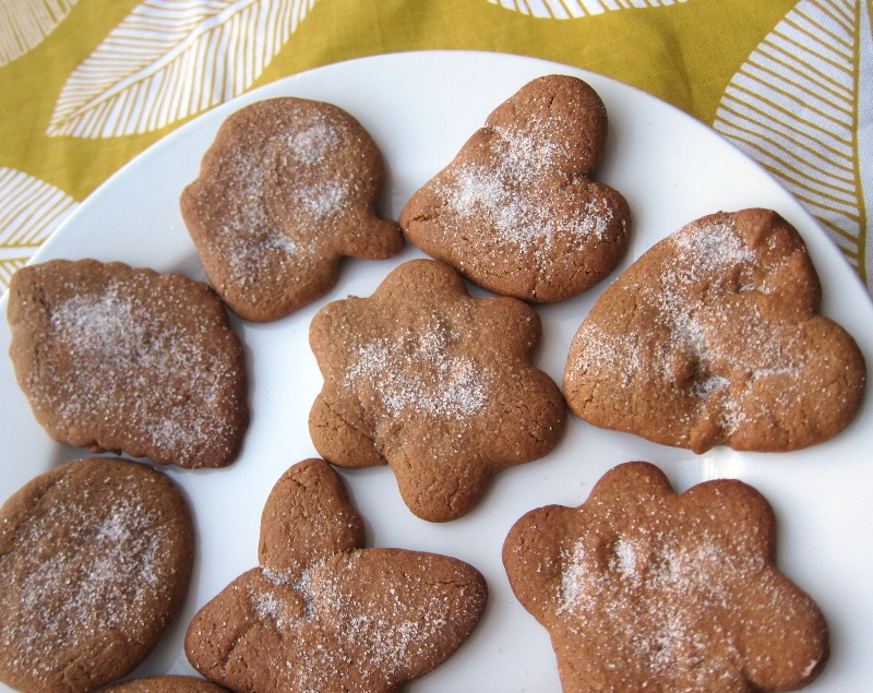 easy gingerbread cookies recipe - how to make gingerbread cookies