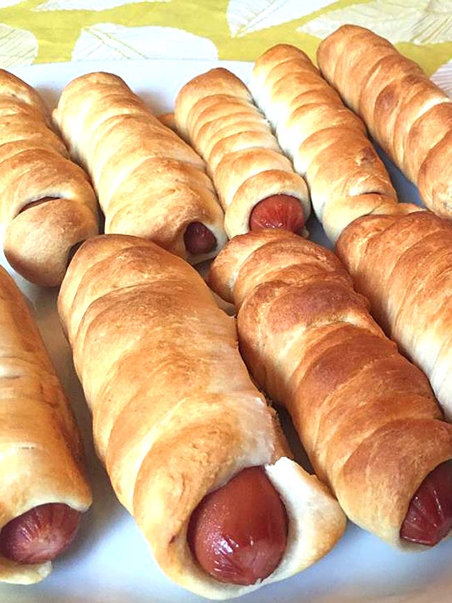 Pigs In A Blanket Hot Dogs Wrapped In Dough