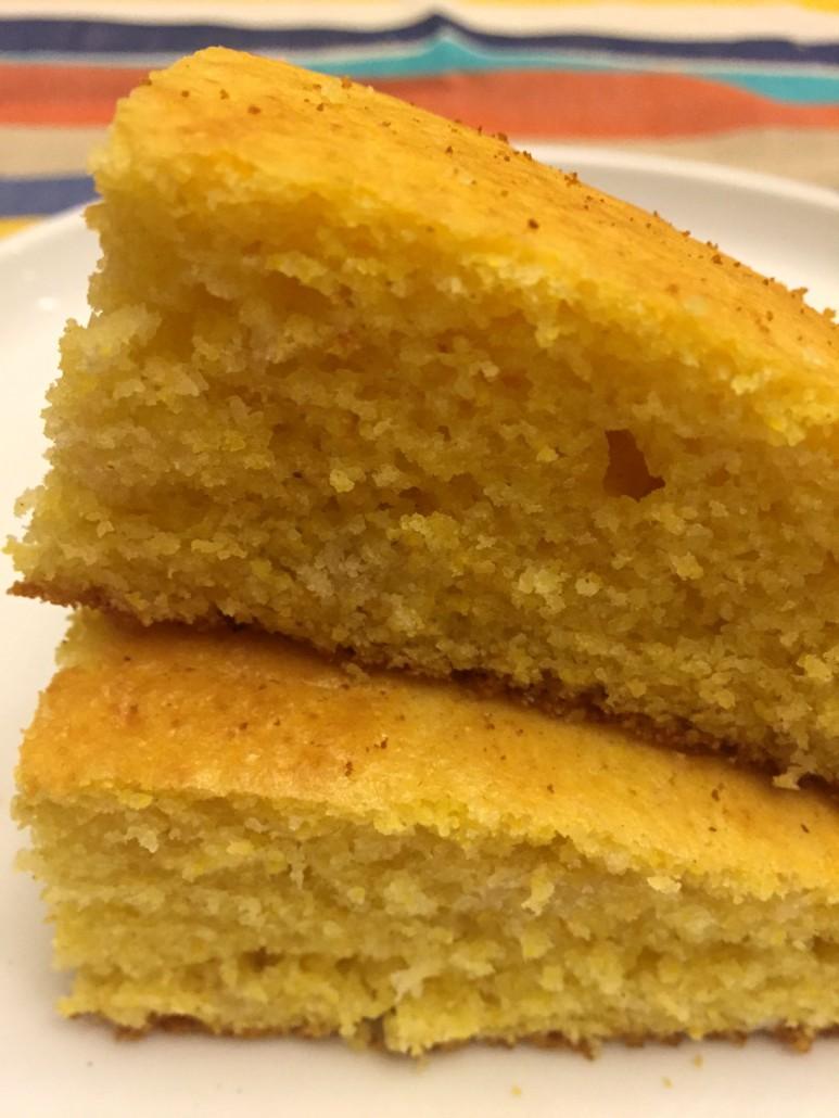 Easy Golden Fluffy Cornbread Recipe