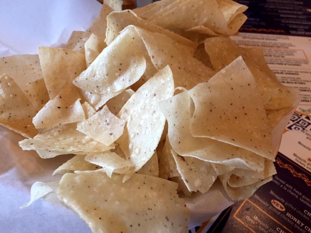 Uncle Julio's Restarant - free chips