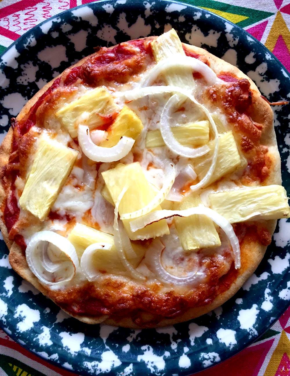 Pineapple Onion Personal Pita Pizzas Recipe – Melanie Cooks
