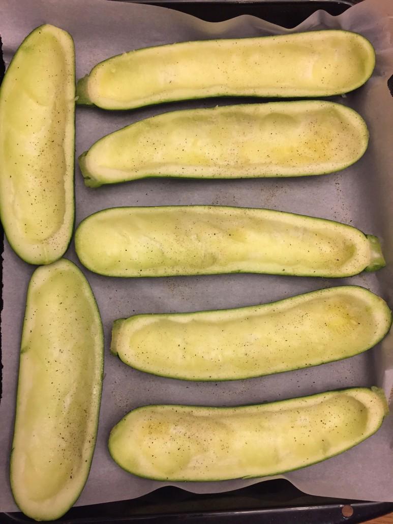 Prepare zucchini for stuffing