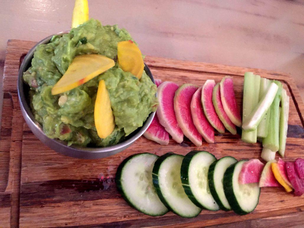 Mesa Urbana restaurant guacamole