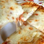 Easy 15-Minute Personal Cheese Pita Pizza Recipe