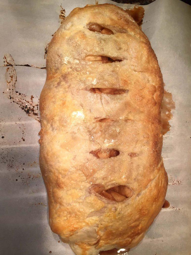 Easy Puff Pastry Apple Strudel Recipe