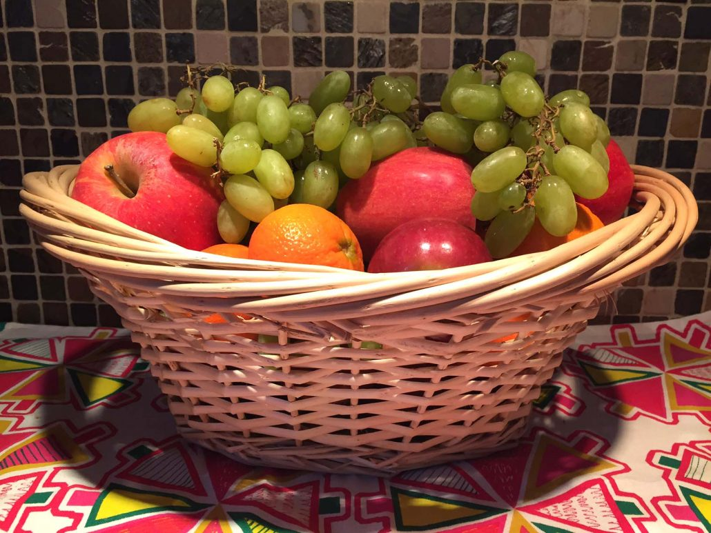 How To Make A Fruit Basket At Home - Easy Homemade Gift Idea