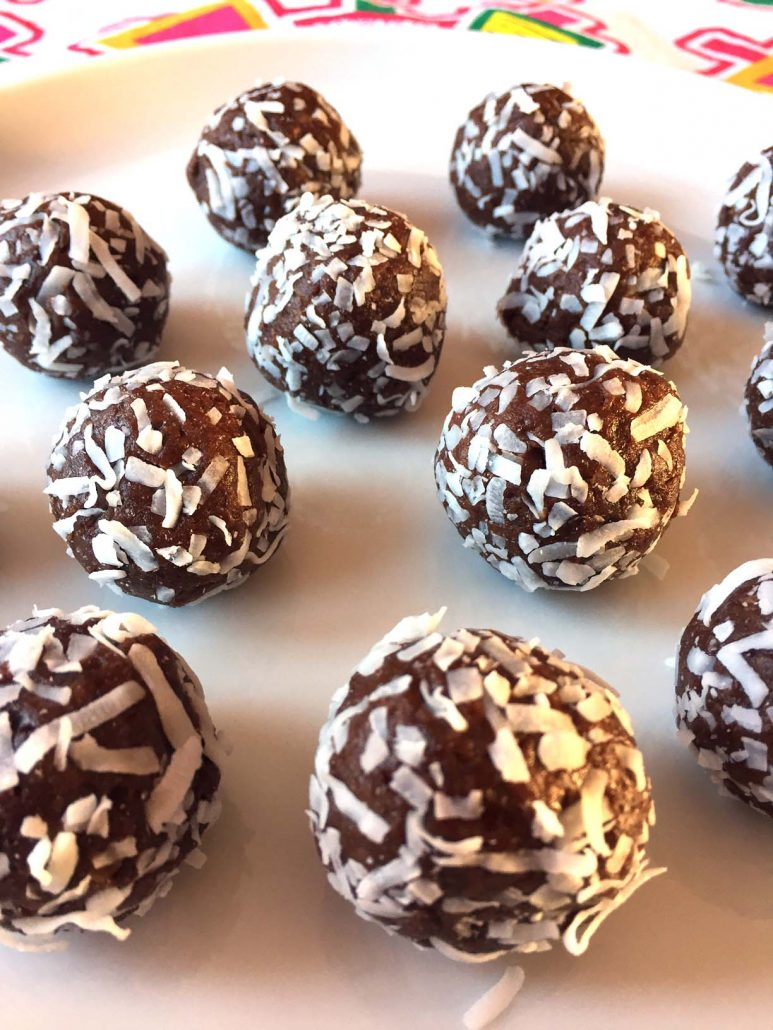 Healthy Coconut Date Truffle Energy Balls