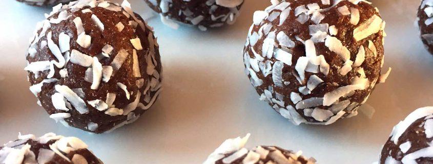 Healthy Coconut Date Truffle Energy Balls