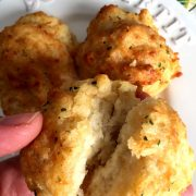 Red Lobster Cheddar Bay Biscuits Copycat Recipe