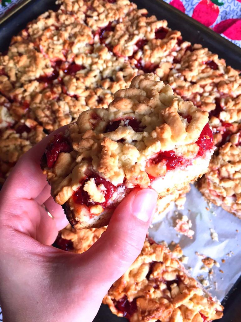 Cherry Crumble Cake Recipe - Easy and Delicious!