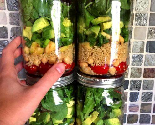Quinoa Chickpea Mason Jar Salad Recipe