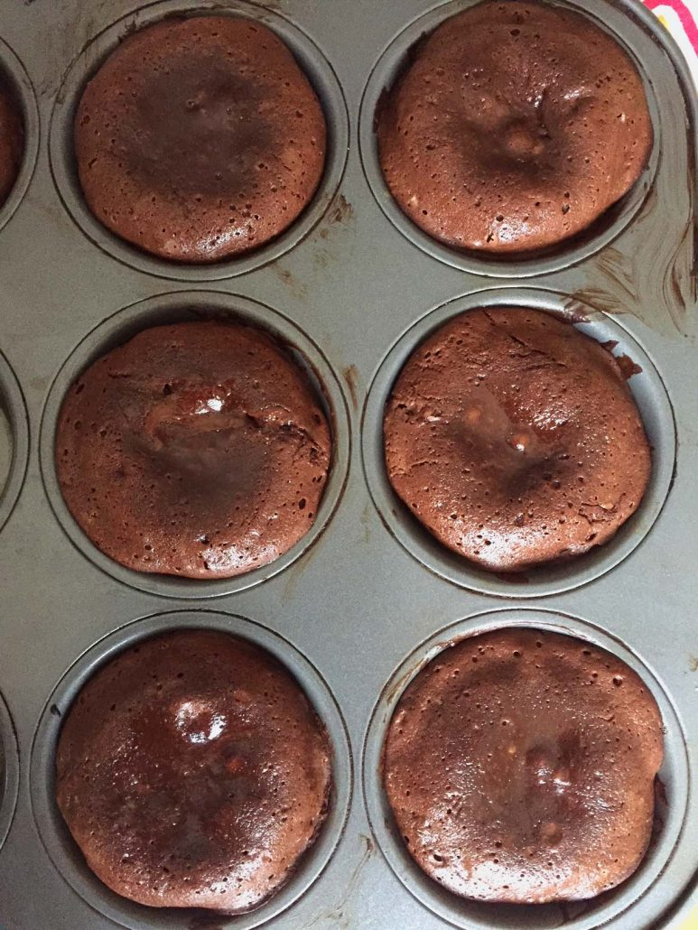 Easy Lava Cakes In Muffin Tin