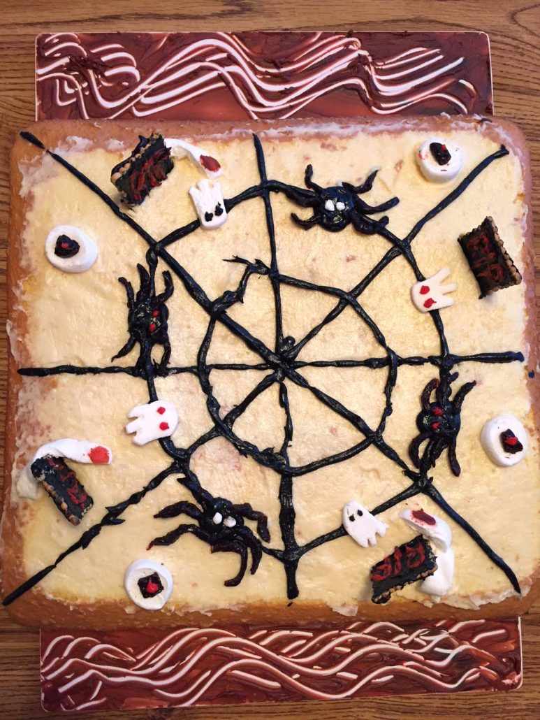 Easy Spooky Halloween Cake Decorating Ideas