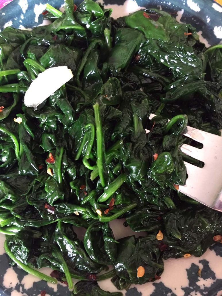 Spicy Garlic Sauteed Spinach Recipe