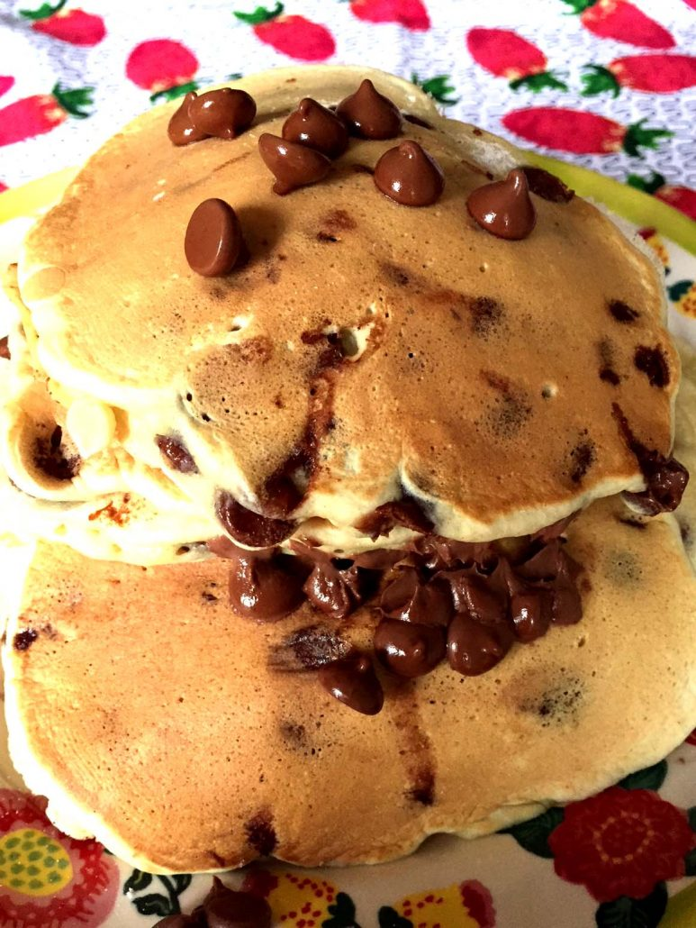 How to Make Chocolate Chip Pancakes