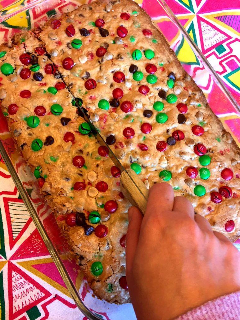 Christmas M&M's Cookie Bars Recipe