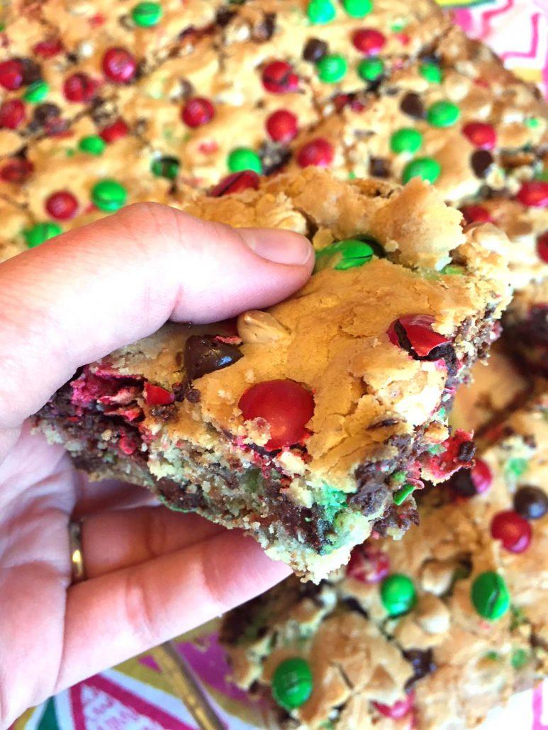 Christmas M&M's cookie bars easy recipe