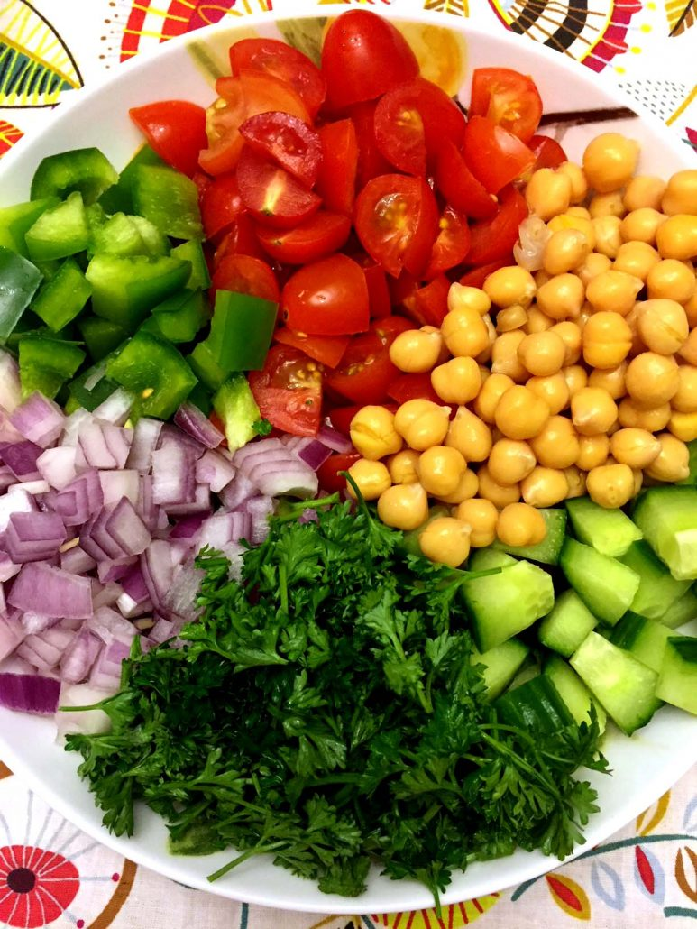 Simple Chickpea Salad Ingredients