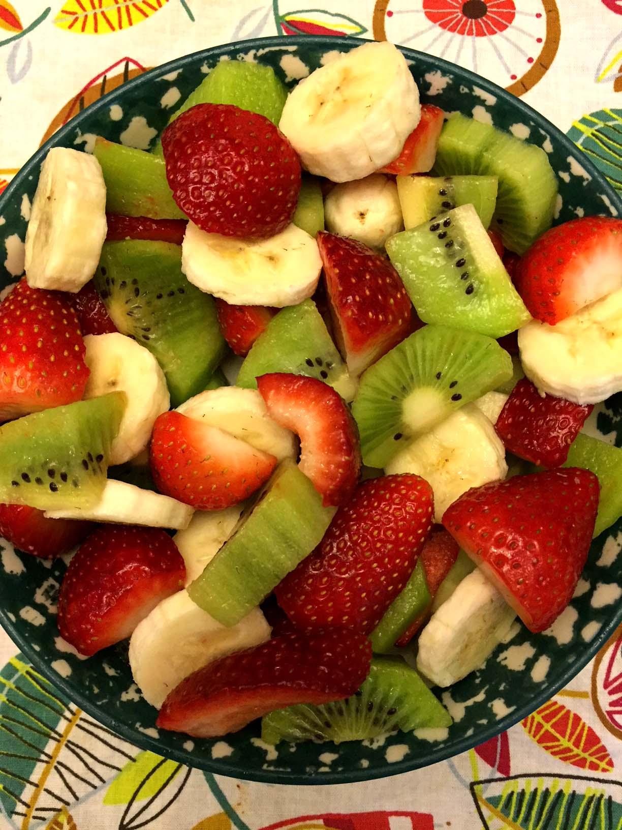 Christmas Fruit Salad.Easy Christmas Fruit Salad