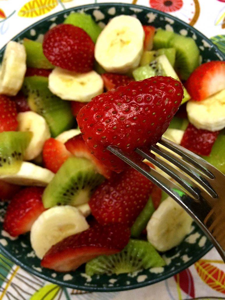 Christmas Fruit Salad With Strawberries, Kiwis and Bananas – Red ...