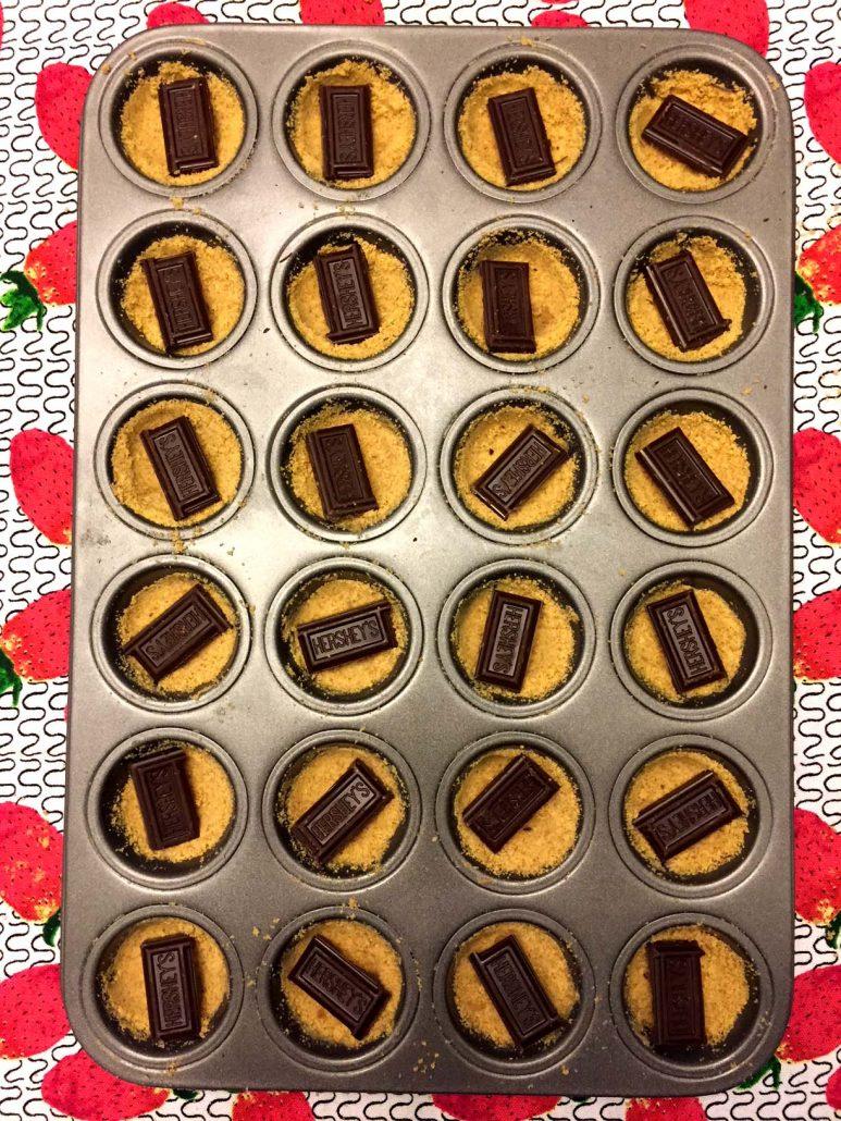 Chocolate Squares Graham Cracker Cups