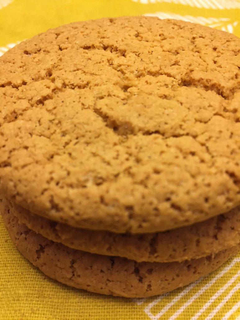 Cinnamon Almond Paleo Crinkles Cookies