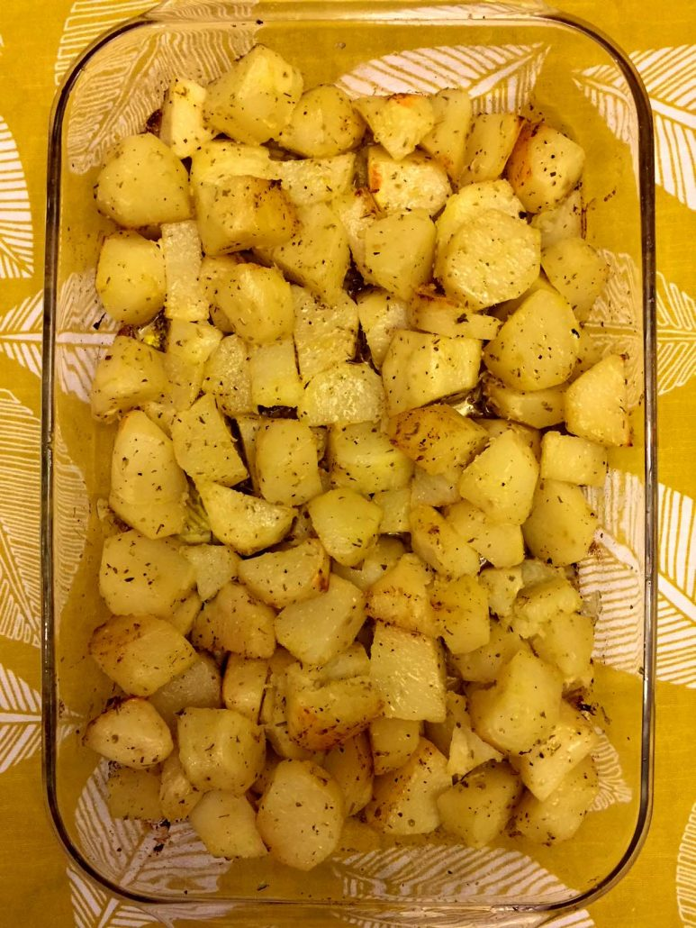 Easy Homemade Greek Potatoes Recipe