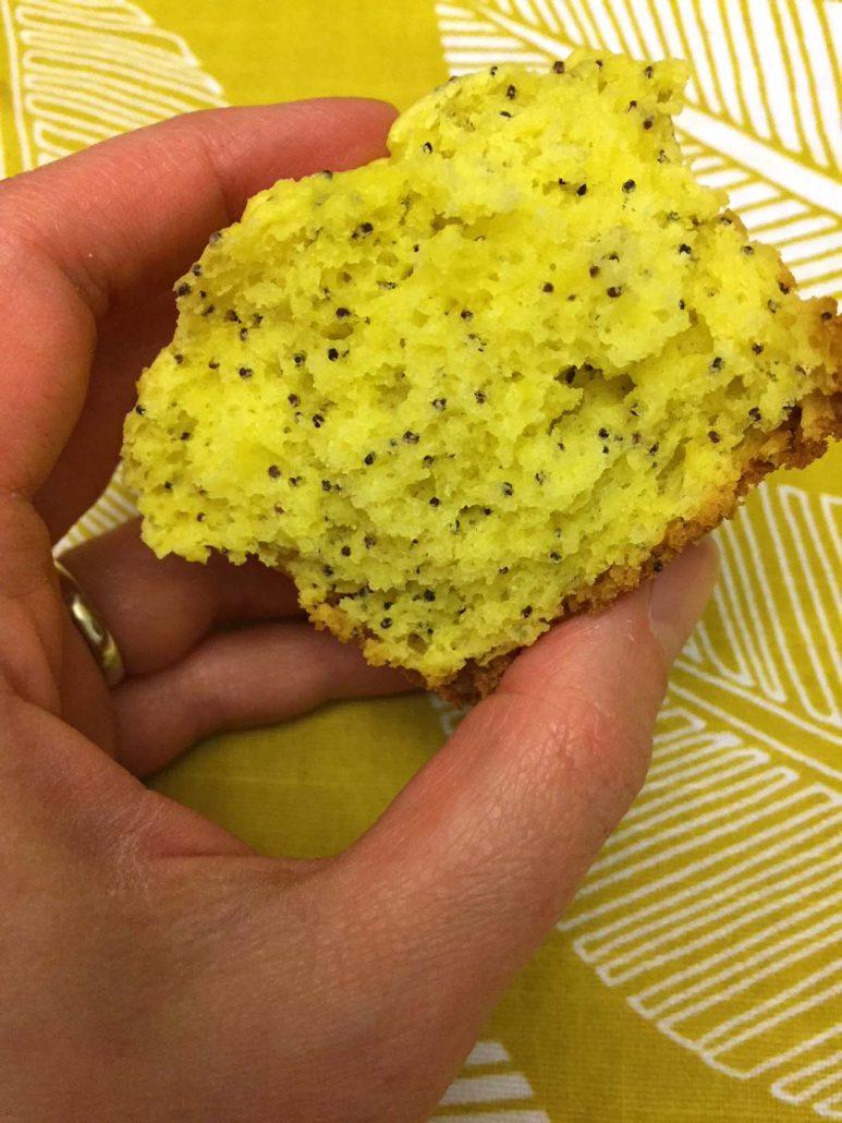 Lemony Muffin With Poppyseeds