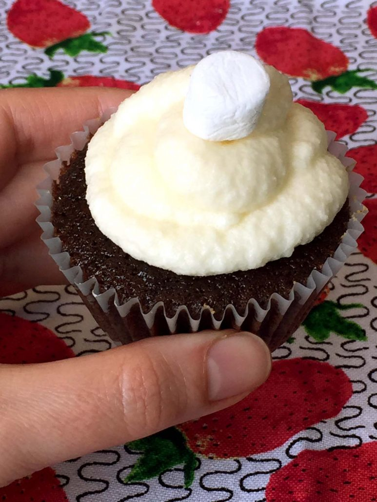 Marshmallow Chocolate Smores Cupcakes Recipe