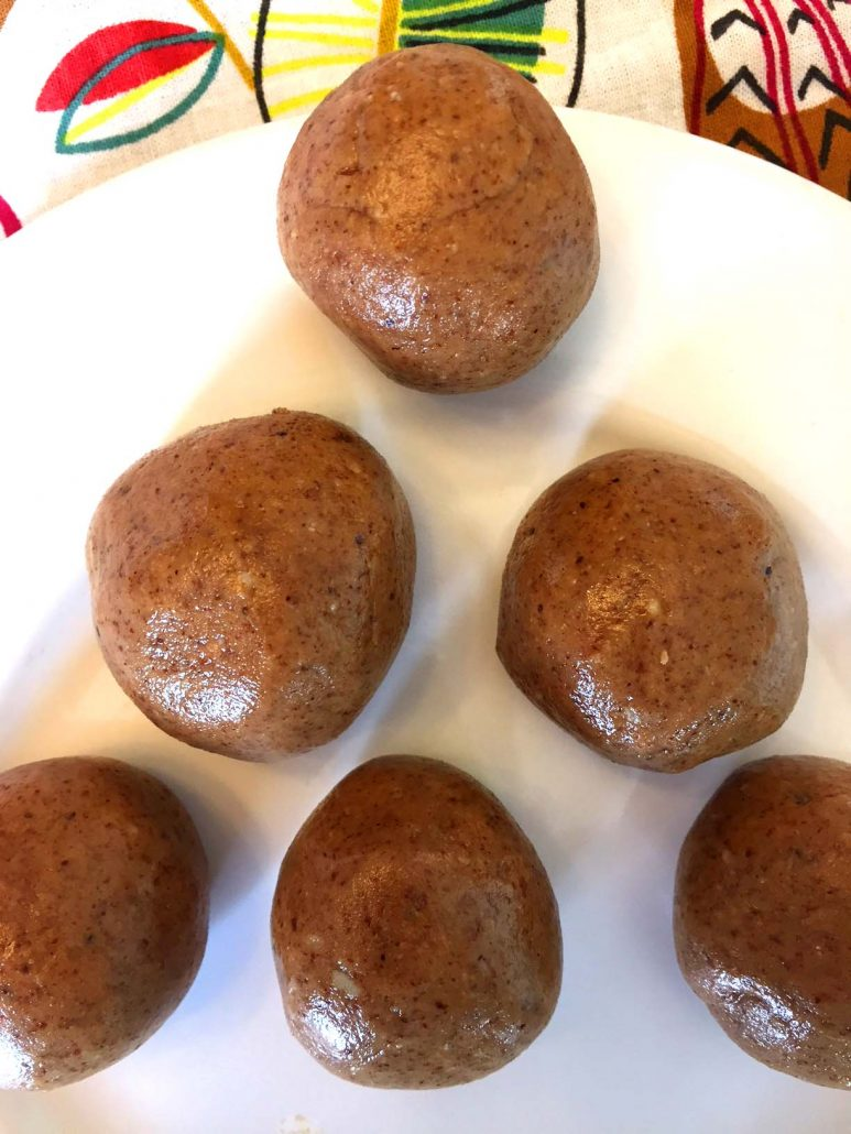 Almond Butter Snack Balls