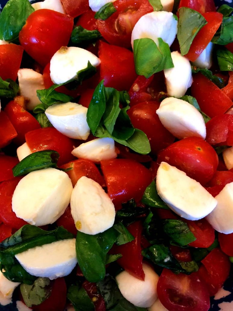 How To Make Caprese Salad