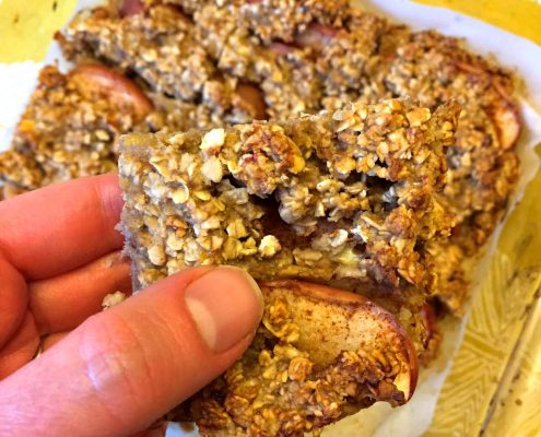 Apple Cinnamon Banana Oatmeal Squares