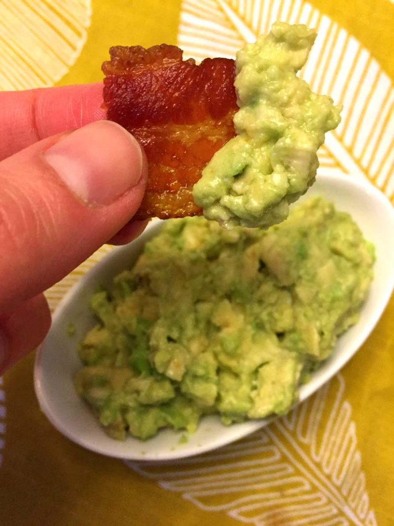 Keto Bacon Chips With Guacamole