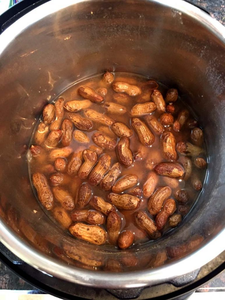 Southern Boiled Peanuts In Instant Pot