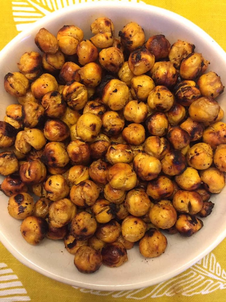 how to make air fryer roasted chickpeas
